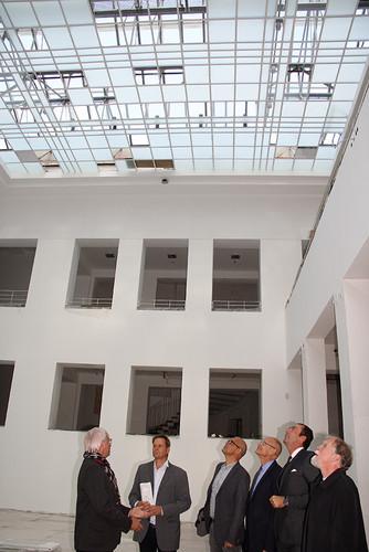 Besichtigung des Lichthofes mit neuem Dachaufbau und Neuverglasung der Lichtdächer