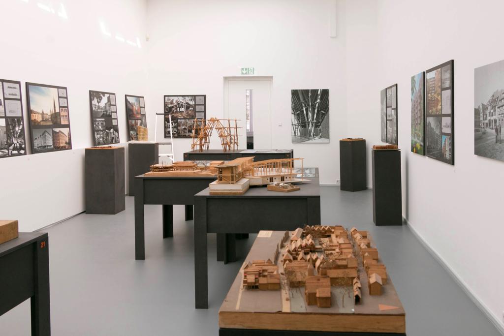 Impression von der Ausstellung Walter von Lom im Baukunstarchiv NRW - Fotos: Dr. Christine Kämmerer