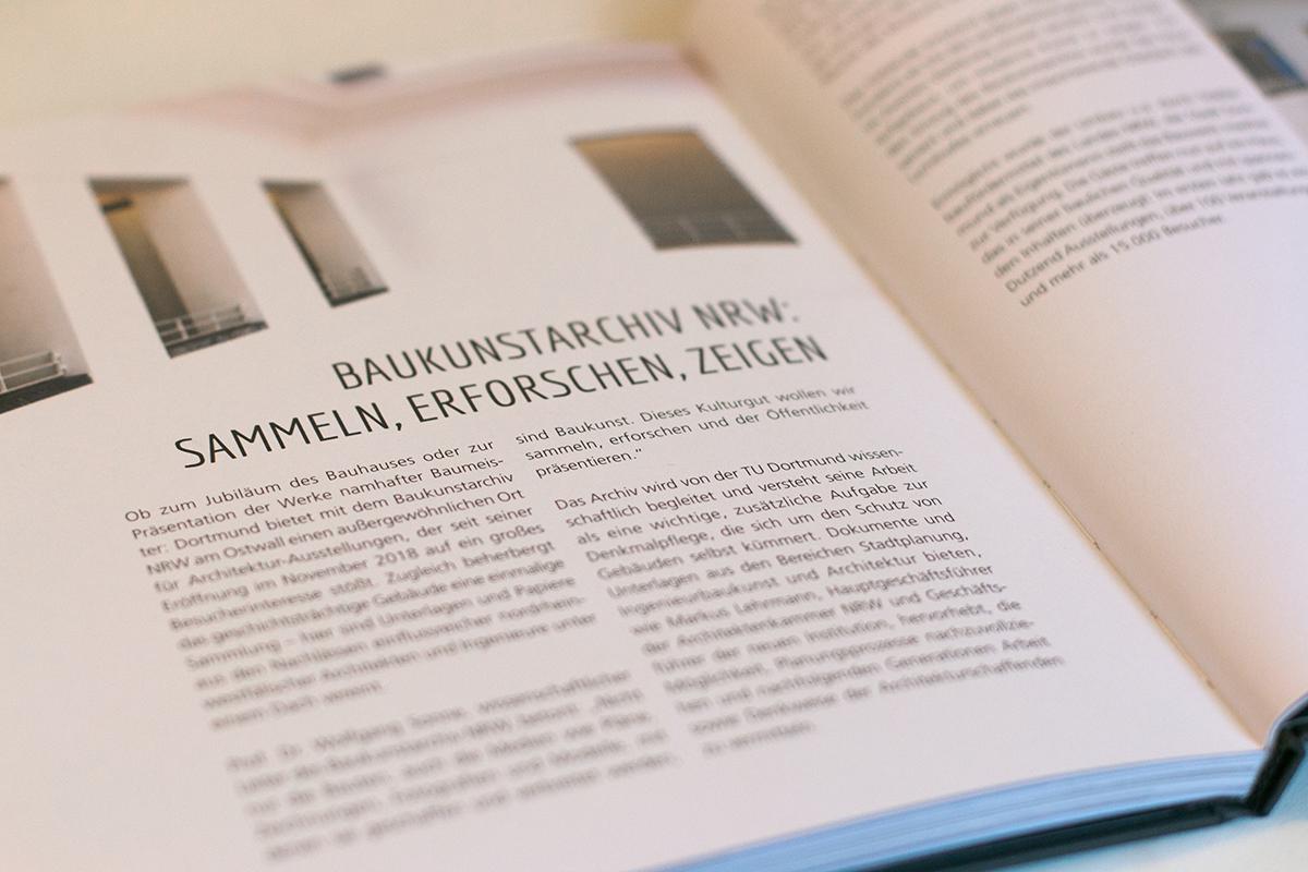 """Seite aus dem Imagebuch """"Dortmund überrascht.Dich."""" zum Baukunstarchiv NRW"""
