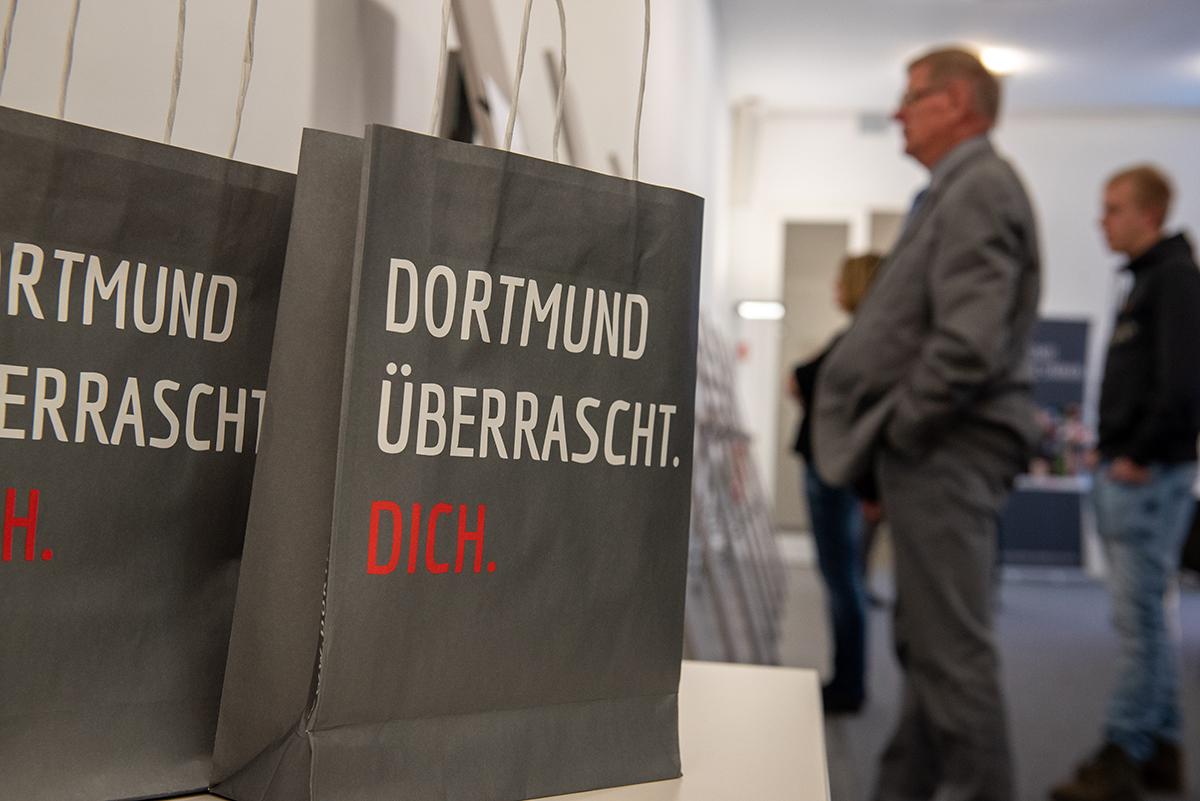 """Goodie-Bag der Kampagne """"Dortmund überrascht.Dich."""""""