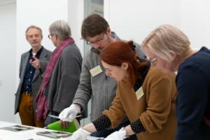 """Sichtung des Bestandes des Baukunstarchivs NRW, Workshop """"Archive Aktivieren"""""""