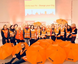 "Impression der Aktion ""Orange your City"" aus dem Jahr 2019 - Fotos: © Zonta Club Dortmund"
